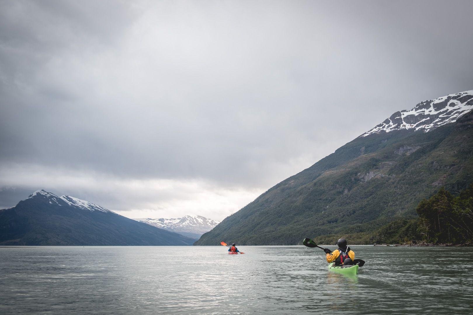 Kayak de mer sur la rivière Serrano