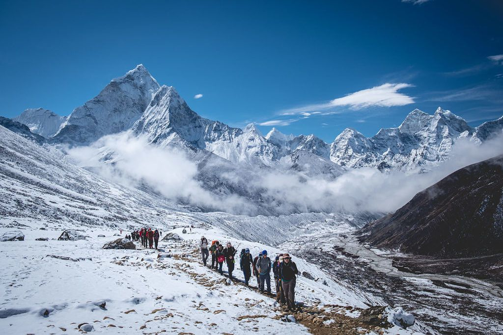 Foule sur le Everest Base Camp Trail